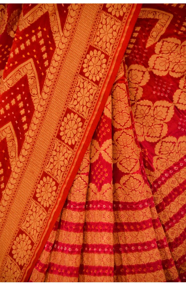 Ranas Red & Rani Shaded Jamnagri Bhandej Saree